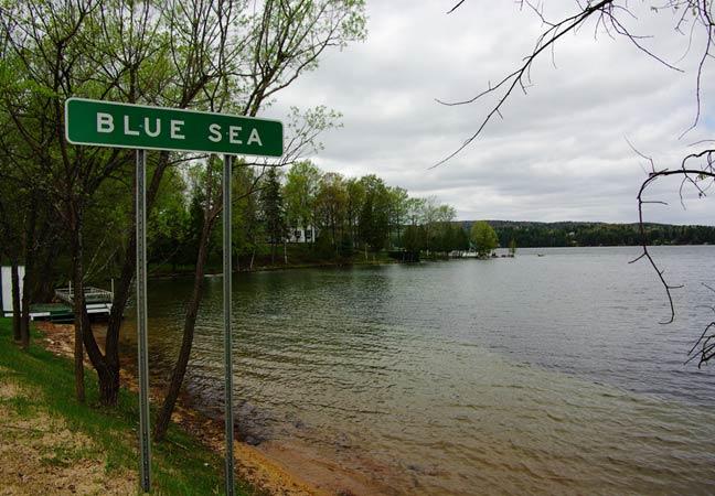 Un lac qu'on appelle Blue sea